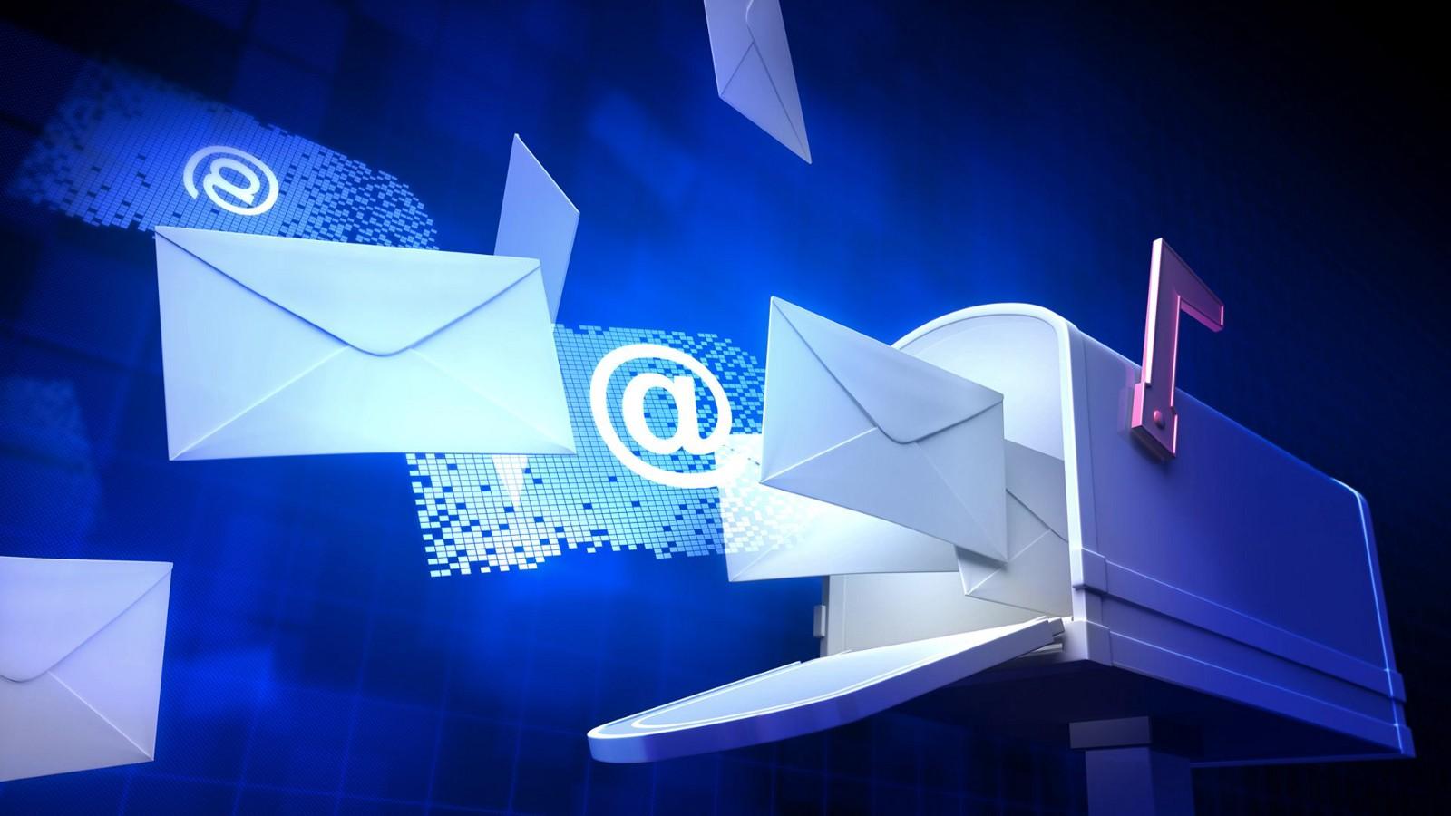 Konfigurasi Web Mail di Debian (Squirrelmail)